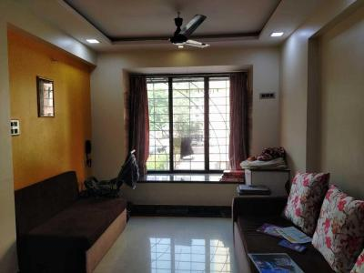 Gallery Cover Image of 615 Sq.ft 1 BHK Apartment for rent in Goregaon West for 35000