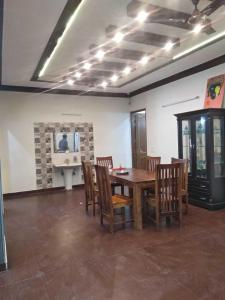 Gallery Cover Image of 3000 Sq.ft 4 BHK Independent Floor for rent in Aadhar C - 96 Ardee City, Sector 52 for 45000