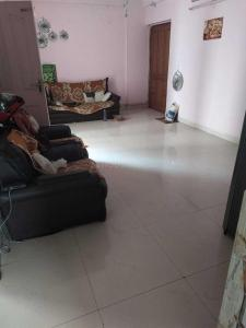Gallery Cover Image of 1200 Sq.ft 3 BHK Apartment for rent in Ahinsa Khand for 14000