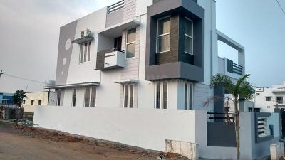 Gallery Cover Image of 1200 Sq.ft 2 BHK Independent House for buy in Saravanampatty for 2700000