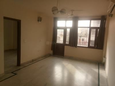 Gallery Cover Image of 1350 Sq.ft 3 BHK Independent House for rent in RWA Chittaranjan Park Block K, Chittaranjan Park for 50000