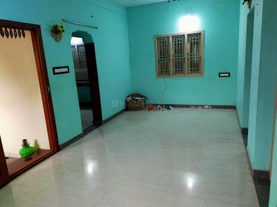Gallery Cover Image of 1000 Sq.ft 2 BHK Independent House for rent in Srinivasapuram for 6000