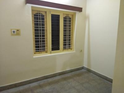 Gallery Cover Image of 800 Sq.ft 2 BHK Independent House for rent in Indira Nagar for 16000