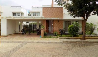 Gallery Cover Image of 3000 Sq.ft 3 BHK Villa for buy in Sterling Villa Grande, Krishnarajapura for 30000000