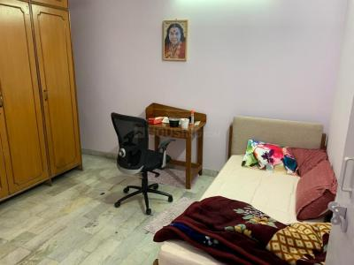 Gallery Cover Image of 900 Sq.ft 2 BHK Apartment for rent in Shipra Suncity, Shipra Suncity for 11500