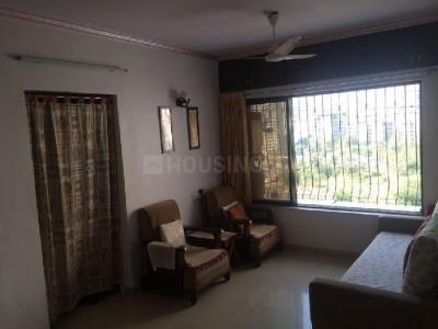 Gallery Cover Image of 525 Sq.ft 1 BHK Apartment for rent in Khar West for 55000