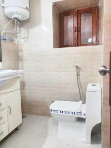 Gallery Cover Image of 1400 Sq.ft 3 BHK Independent Floor for rent in Malviya Nagar for 45000