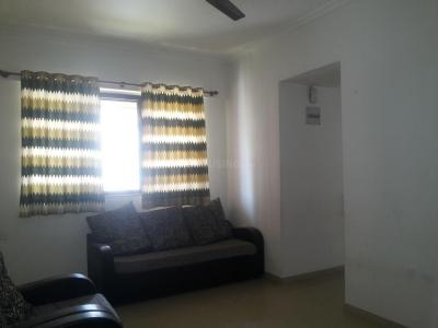 Gallery Cover Image of 673 Sq.ft 1 BHK Apartment for rent in Kasarvadavali, Thane West for 15000