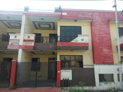 Gallery Cover Image of 1950 Sq.ft 3 BHK Independent House for buy in Modipuram for 4900000