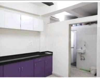 Gallery Cover Image of 650 Sq.ft 2 BHK Apartment for rent in Goregaon West for 30000