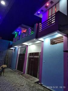 Gallery Cover Image of 765 Sq.ft 2 BHK Independent House for buy in Rajajipuram for 3300000