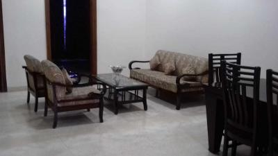 Gallery Cover Image of 2700 Sq.ft 3 BHK Independent Floor for rent in Sushant Lok I for 65000