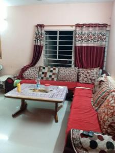 Gallery Cover Image of 1350 Sq.ft 2 BHK Apartment for rent in Chandkheda for 20000