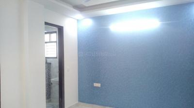 Gallery Cover Image of 900 Sq.ft 3 BHK Independent Floor for rent in Burari for 14000