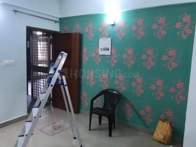 Gallery Cover Image of 750 Sq.ft 1 BHK Apartment for rent in Vasant Kunj for 19000