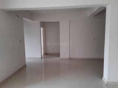 Gallery Cover Image of 1800 Sq.ft 3 BHK Apartment for rent in Utsav Elegance, Memnagar for 24000
