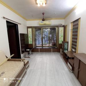 Gallery Cover Image of 650 Sq.ft 1 BHK Apartment for rent in New Ashok Nagar, Borivali West for 28000