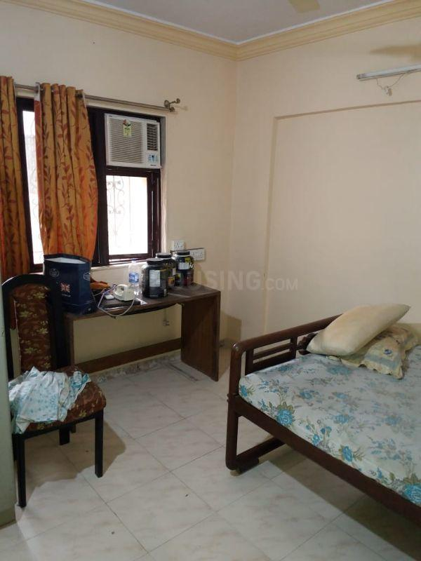 Living Room Image of 960 Sq.ft 2 BHK Apartment for rent in Borivali West for 25000