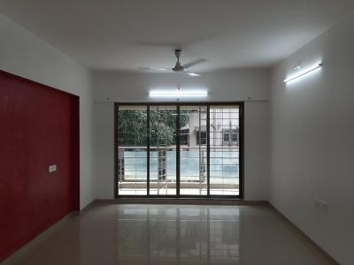 Gallery Cover Image of 1500 Sq.ft 4 BHK Apartment for rent in Rajesh Raj Galaxy 1, Santacruz East for 95000