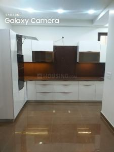 Gallery Cover Image of 2600 Sq.ft 4 BHK Apartment for buy in Niti Khand for 15700000