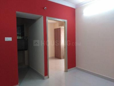 Gallery Cover Image of 550 Sq.ft 1 BHK Apartment for rent in S.G. Palya for 11000