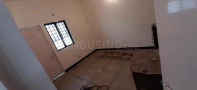 Gallery Cover Image of 755 Sq.ft 2 BHK Apartment for rent in Sector 43 for 11000