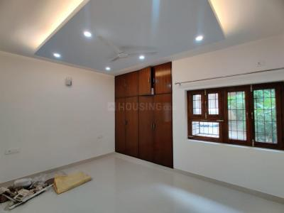 Gallery Cover Image of 1600 Sq.ft 3 BHK Apartment for buy in DDA D3 and D4 Vasant Kunj, Vasant Kunj for 30000000