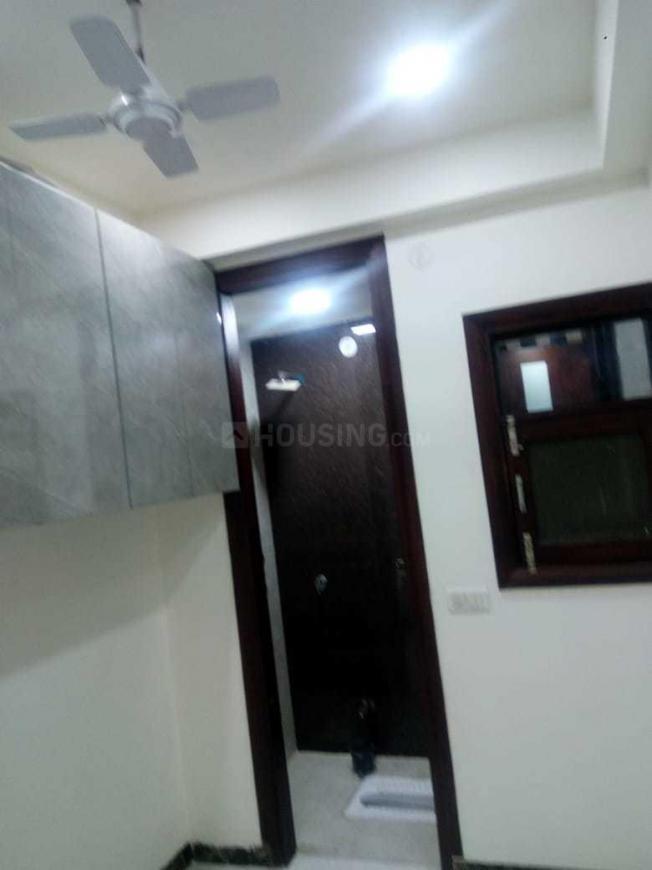 Bedroom Image of 650 Sq.ft 3 BHK Independent Floor for buy in Uttam Nagar for 3700000