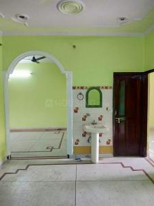 Gallery Cover Image of 1400 Sq.ft 2 BHK Independent Floor for rent in Sector 9 for 13000