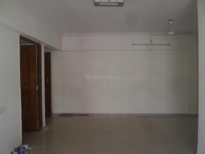 Gallery Cover Image of 1150 Sq.ft 2 BHK Apartment for rent in Kandivali West for 30000