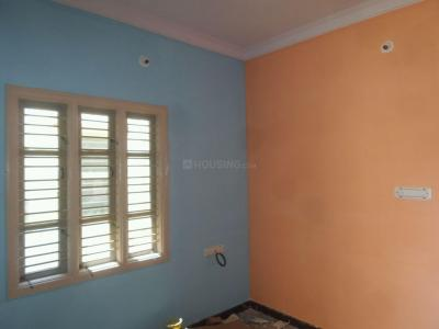 Gallery Cover Image of 600 Sq.ft 2 BHK Independent Floor for rent in State Bank Of India Colony for 10000