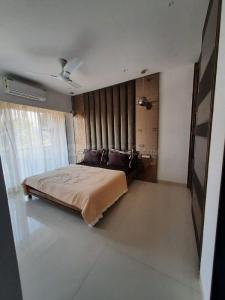 Gallery Cover Image of 1070 Sq.ft 2 BHK Apartment for buy in Umiya Oasis, Mira Road East for 9000000
