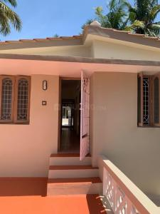Gallery Cover Image of 1200 Sq.ft 1 BHK Independent Floor for rent in Selaiyur for 10500