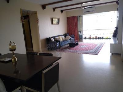 Gallery Cover Image of 2520 Sq.ft 4 BHK Apartment for rent in Juhu for 250000