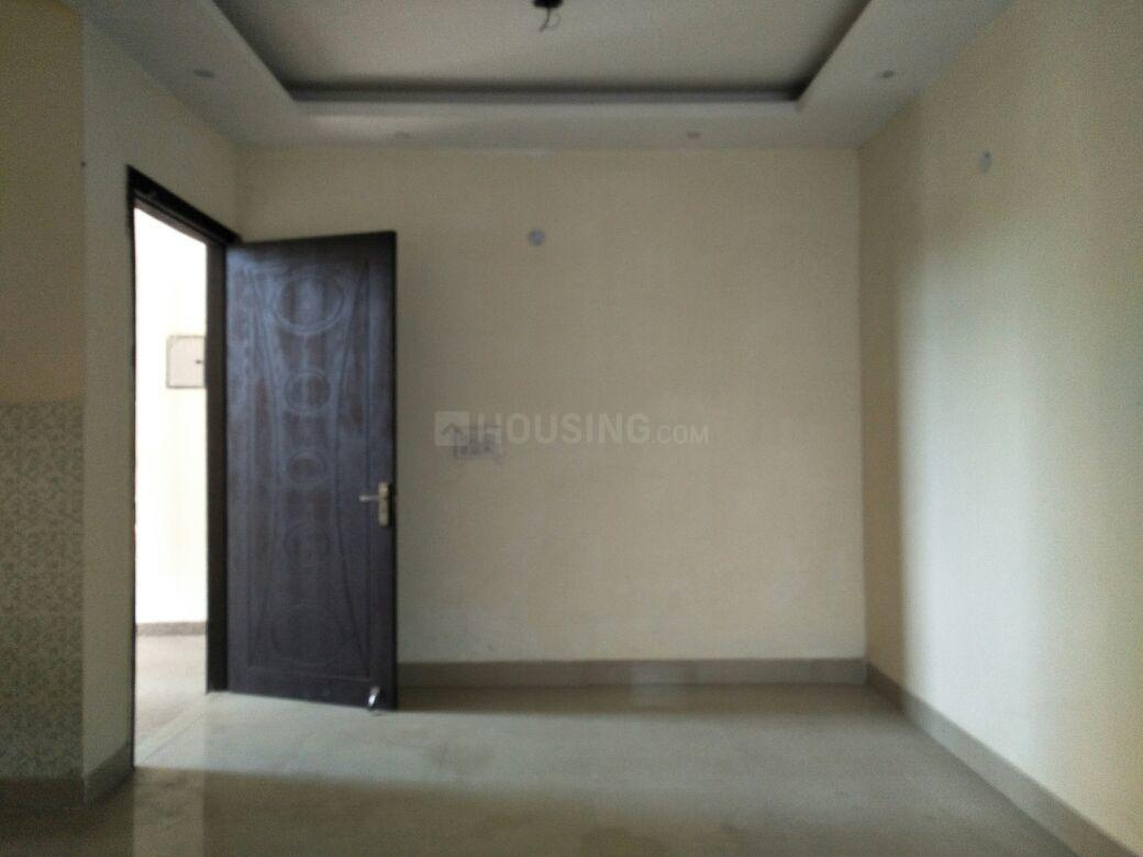 Bedroom Image of 1300 Sq.ft 3 BHK Apartment for buy in Sector 21C for 5650000