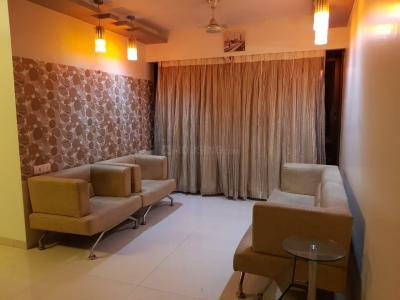 Gallery Cover Image of 1050 Sq.ft 2 BHK Apartment for rent in Kandivali West for 42000