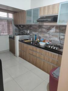 Gallery Cover Image of 650 Sq.ft 1 BHK Apartment for rent in Malkani Buena Vida, Kharadi for 20000