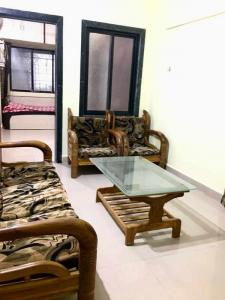 Gallery Cover Image of 790 Sq.ft 2 BHK Apartment for rent in Airoli for 25000