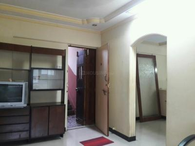 Gallery Cover Image of 600 Sq.ft 1 BHK Apartment for buy in Malad West for 10000000