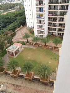 Gallery Cover Image of 1400 Sq.ft 3 BHK Apartment for rent in Prestige Shantiniketan, Krishnarajapura for 41000