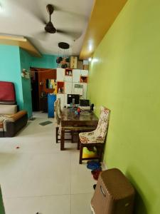 Gallery Cover Image of 450 Sq.ft 1 BHK Apartment for buy in Raj Horizon, Mira Road East for 6800000