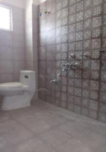 Gallery Cover Image of 2400 Sq.ft 3 BHK Apartment for rent in Banjara Hills for 40000