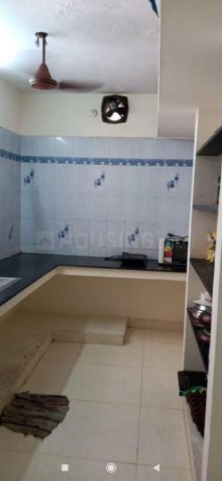 नवालूर में ज़ोलो एआरके के किचन की तस्वीर