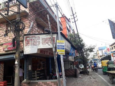 Gallery Cover Image of 1500 Sq.ft 3 BHK Independent Floor for rent in Barasat for 100000