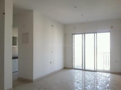 Gallery Cover Image of 950 Sq.ft 2 BHK Apartment for buy in Thane West for 11700000