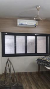 Gallery Cover Image of 400 Sq.ft 1 RK Apartment for buy in Veena Nagar, Mulund West for 6800001