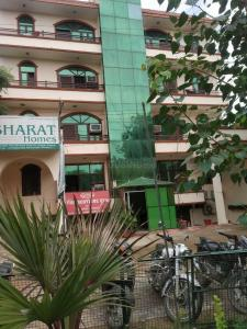 Building Image of Bharat Homes PG in Sector 45