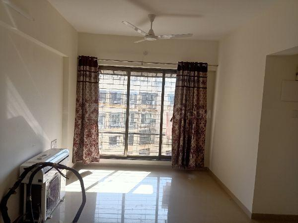 Living Room Image of 620 Sq.ft 1 BHK Apartment for rent in Andheri East for 28500