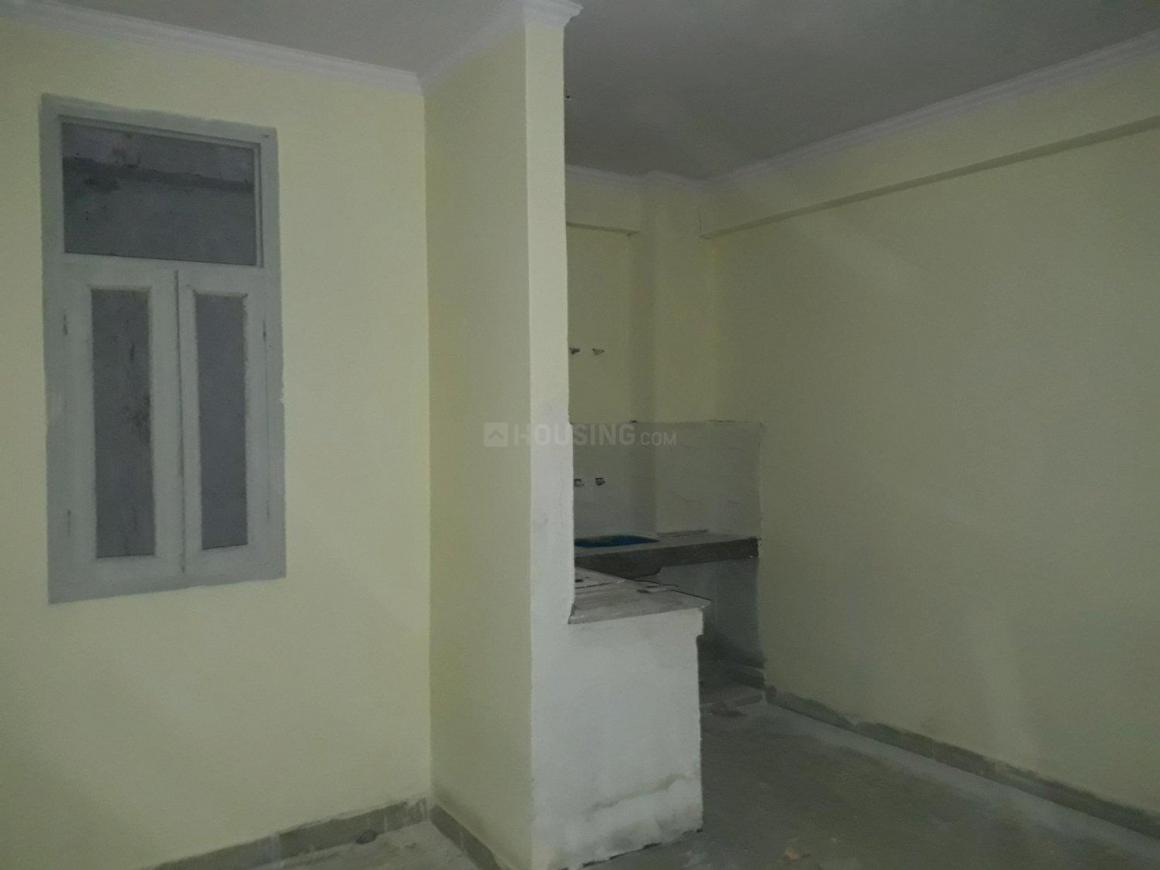 Living Room Image of 550 Sq.ft 1 BHK Apartment for buy in sector 73 for 1300000