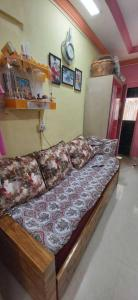Gallery Cover Image of 350 Sq.ft 1 RK Apartment for buy in  Anand VillaHousing, Vasai West for 1500000